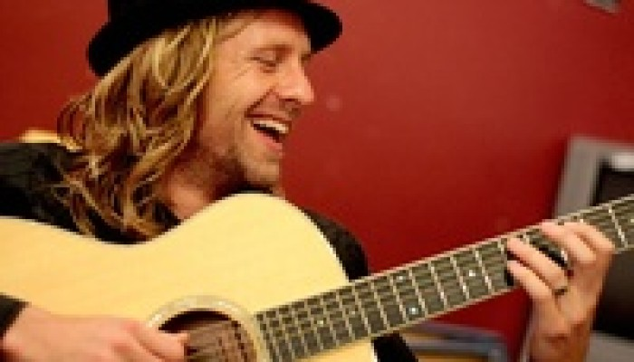 Jon Foreman (of Switchfoot) at Murray Hill Theatre