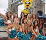 Jaguars in London: These Bars opening early!